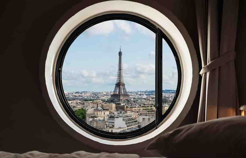 Paris hotels with eiffel tower view