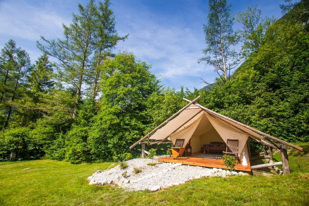 Glamping in Snowdonia - Cadair Idris hiking adventures with views of mountains in Snowdonia