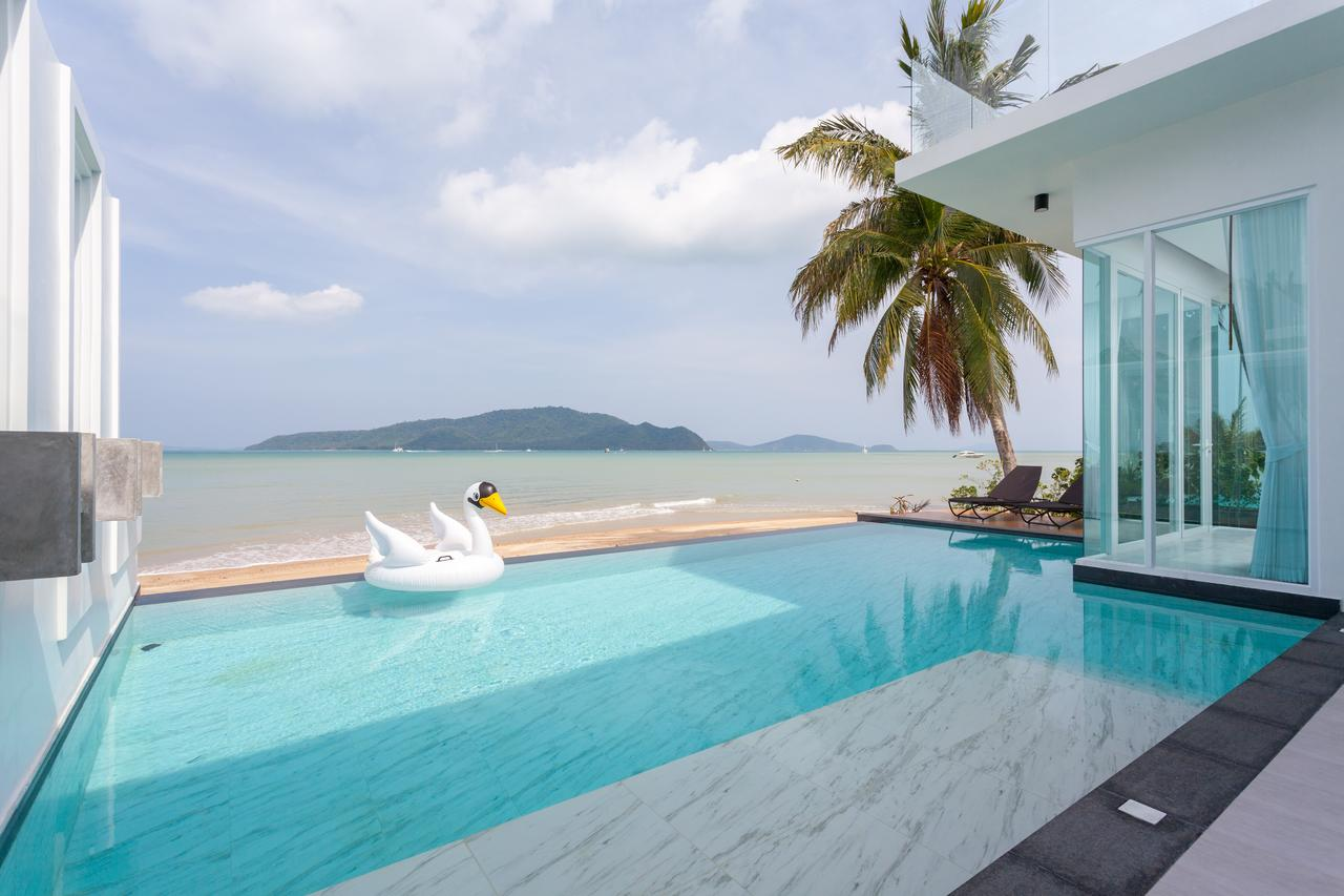 Luxury Beachfront Villas Phuket Has To Offer - The Best Beach Villas In Thailand