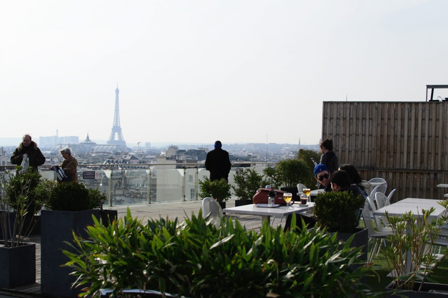The Best Viewpoints In Paris - The Best Places To View Parisian Skyline - Tips on best view of Eiffel Tower, best views in Paris from Montparnasse, Notre Dame, Centre Pompidou, sacré cœur and more.