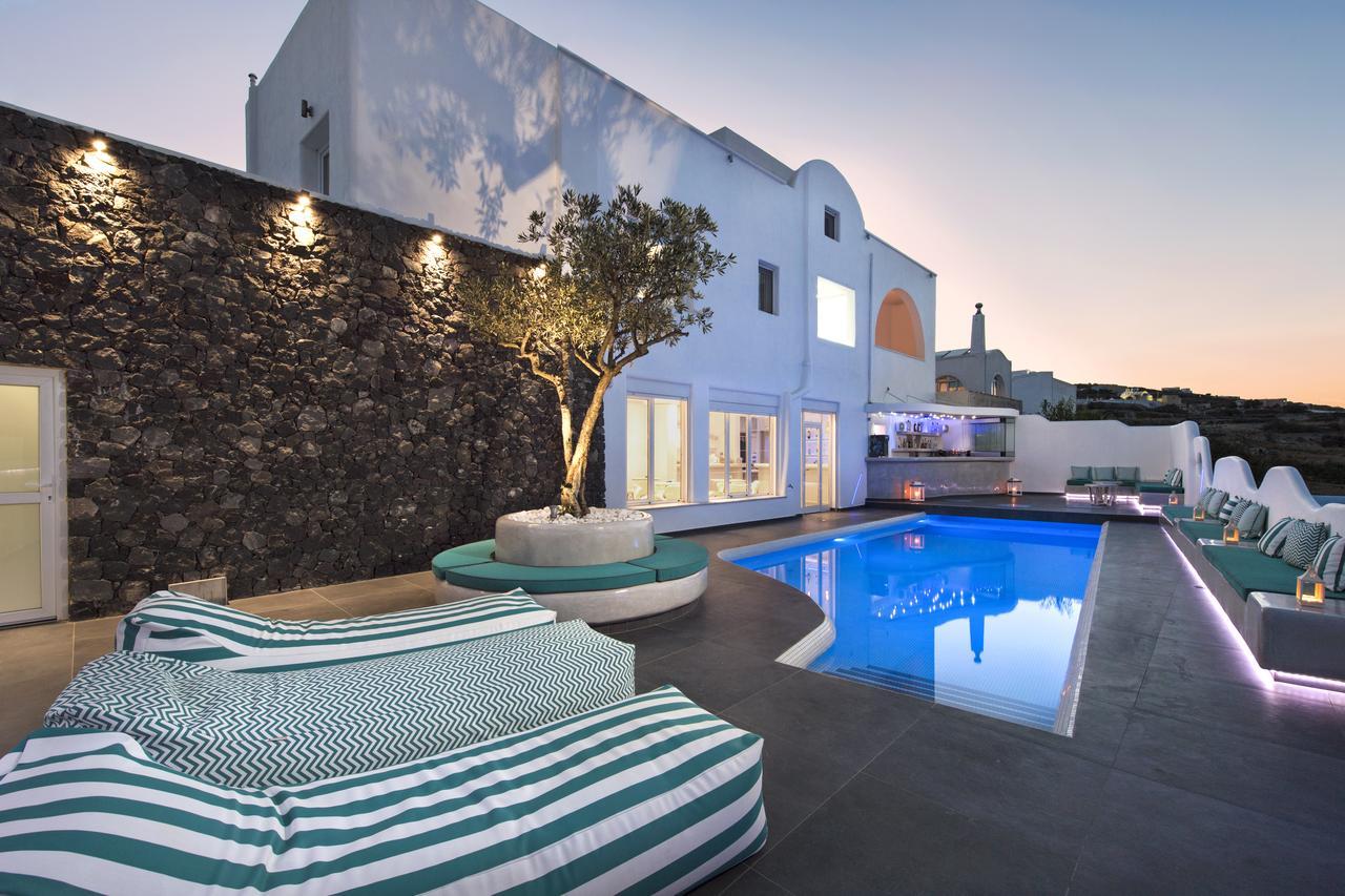 Top 10 Cheap Hotels In Fira Santorini Itsallbee