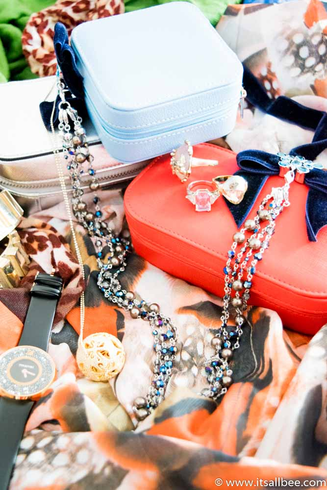 The Best Travel Jewelry Cases - These Personalized Jewelry Cases are Travel-Approved - Travel jewelry organizer cases storage #jewellerycase #jewellerybox #travel #organiser #trips #expensive jewellery - Travel Jewelry Box - www.itsallbee.com