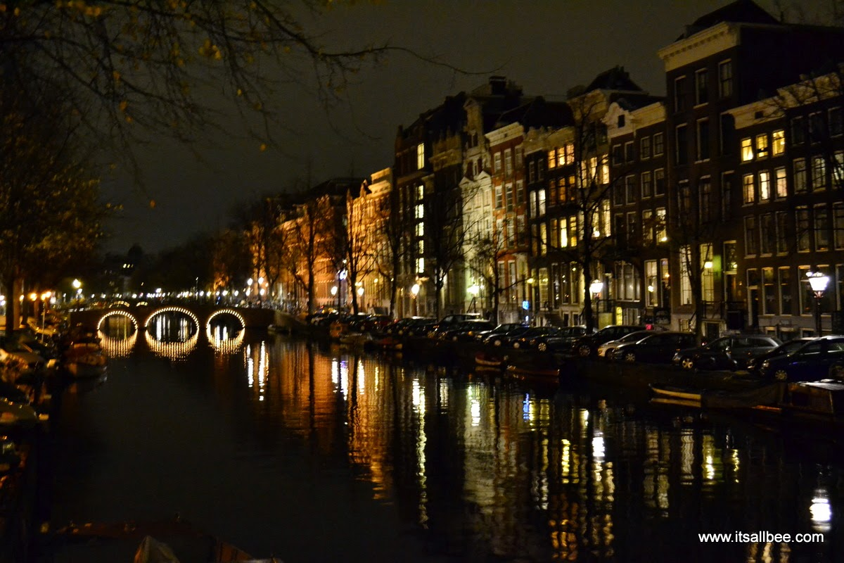 Amsterdam Winter Guide | Top Things To Do In Amsterdam In Winter - Amsterdam in winter, Amsterdam winter packing list, Amsterdam in winter things to do, Amsterdam in winter photography, amsterdam winter outfit ideas. #traveltips #itsallbee #europe #netherlands #travel #citybreak #seemycity