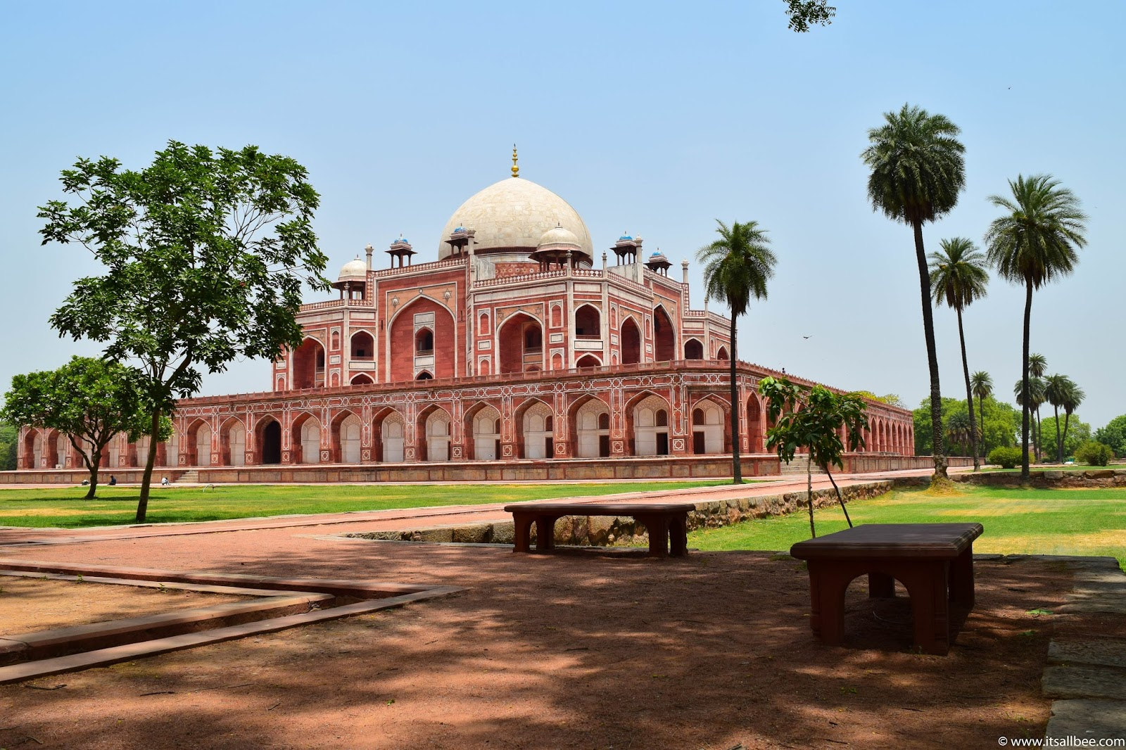The Best Delhi Itinerary For 3 Days - Sightseeing Tour Of The Indian Capital | ItsAllBee