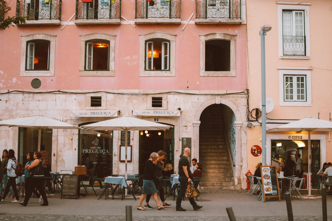 best breakfast places in Lisbon - best cafes in lisbon