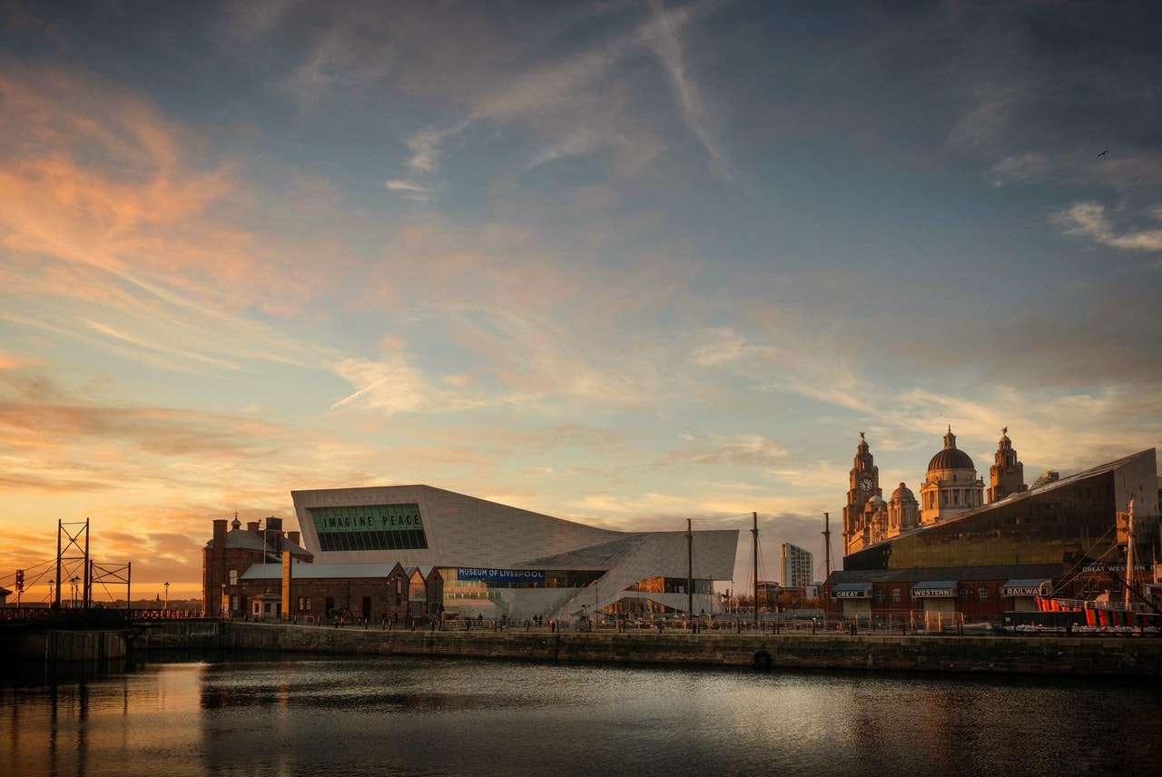 romantic and fun things to do in liverpool for couples | romantic places in Liverpool